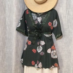 Kimono Top - TRAMP - Hunter Green With Flowers - S